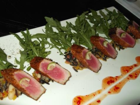 Seared tuna with wild rice and bean salad